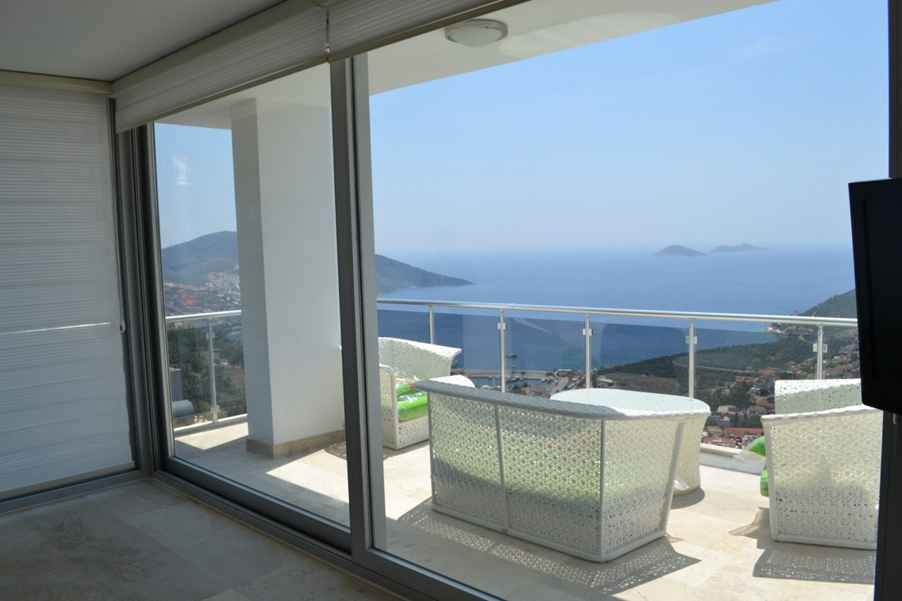 Sea views from the master bedroom balcony